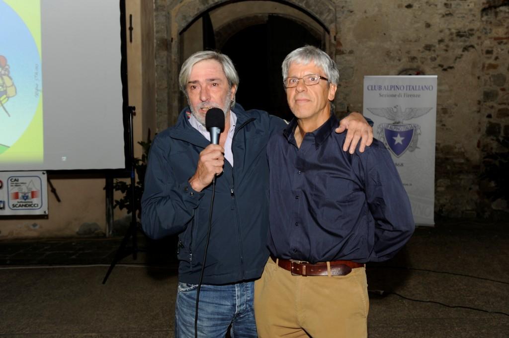 DA SX A DX ROBERTO MASONI PRESIDENTE CAI FIRENZE E ALFIO CIABATTI (foto L.Berti)